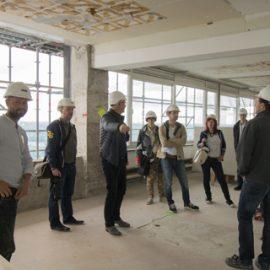 """Rondleidingen Neudeflat op """"Dag van de Architectuur"""" groot succes"""